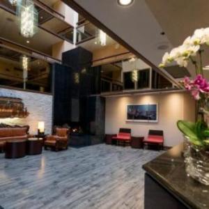 Hotels near Edmonds Community College - Hotel International