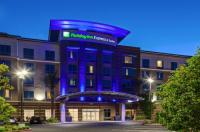 Holiday Inn Express & Suites Anaheim Resort Area Image