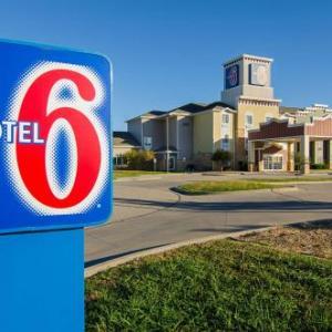 Hotels near Hartman Arena - Motel 6 Park City