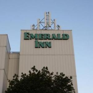 Hotels near Myth St Paul - Emerald Inn