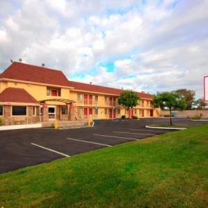 Cosumnes River College Hotels - Red Roof Inn Sacramento - Elk Grove