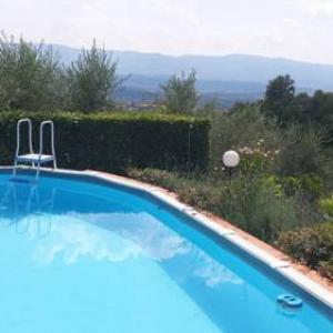 Book Now Casale il Giuncheto (Castelfranco di Sopra, Italy). Rooms Available for all budgets. Situated in Castelfranco di Sopra this villa is located 30 km from Florence. The unit is 40 km from Siena and guests benefit from free WiFi and private parking available on si