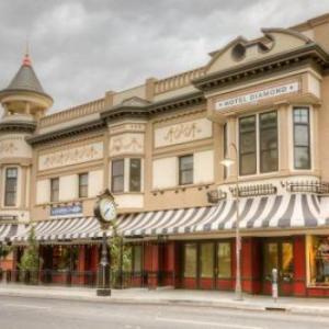 Hotels near Senator Theatre Chico - Diamond Hotel