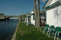 Channel Waterfront Cottages Image