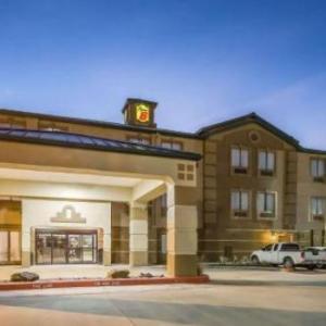 Hotels near Nederland Performing Arts Center - Super 8 by Wyndham Port Arthur/Nederland Area