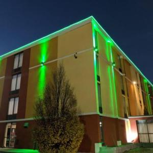 Bob Warn Field Hotels - Quality Inn Terre Haute