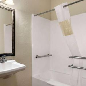 Pritchard Community Center Hotels - Baymont by Wyndham Elizabethtown