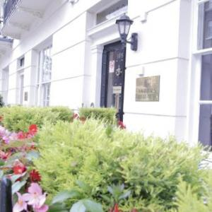 Hotels near Royal Hospital Chelsea - Astors Belgravia