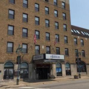 Ramada Plaza Hotel Ojibway
