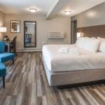 Academy Theatre Lindsay Hotels - Kent Inn