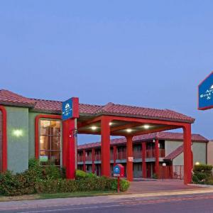 Americas Best Value Inn and Suites Bakersfield Central