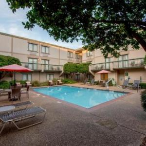 Hotels near Freedom Ridge Park - Cabot Lodge Jackson North A Red Lion Hotel