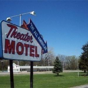 Hotels near Chautauqua Amphitheater - Theater Motel