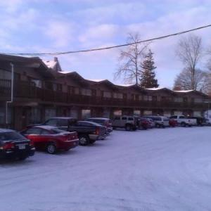 Hotels near The Roxx Niteclub - Knights Inn Barrie
