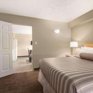 Prince George Civic Centre Hotels - Travelodge By Wyndham Prince George Goldcap Bc