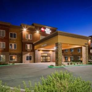 Antelope Valley Fair Hotels - Best Western Plus Desert Poppy Inn