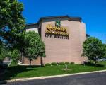 Peoria Illinois Hotels - Quality Inn & Suites Peoria