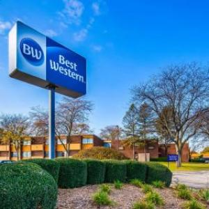 Hotels near Orpheum Theatre Galesburg - Best Western Prairie Inn & Conference Center