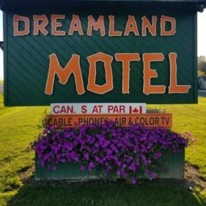 Dreamland Motel