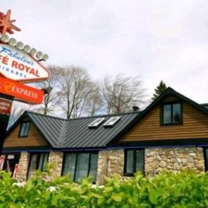 Centre D'Excellence Sports Rousseau Hotels - Motel Express Mirabel