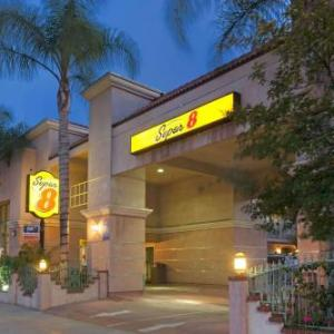 Super 8 North Hollywood