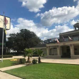 Hotels near Harang Auditorium - Carmel Inn And Suites Thibodaux