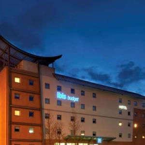 Hotels near Newbridge Memo - ibis budget Newport