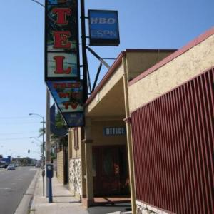 Miracle Theater Inglewood Hotels - Geneva Motel