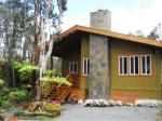 Volcano Hawaii Hotels - Volcano Singing Forest Cottage - Bed And Breakfast