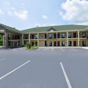 Super 8 By Wyndham Petersburg