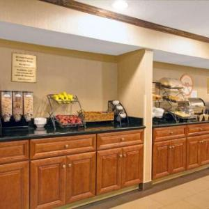 Fordham University Hotels - Howard Johnson Express Inn Bronx
