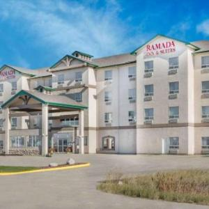 Hotels near Better Than Fred's Grande Prairie - Ramada By Wyndham Clairmont/grande Prairie