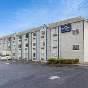 Hotels near Sportsplex at Matthews - Microtel Inn & Suites By Wyndham Matthews/Charlotte