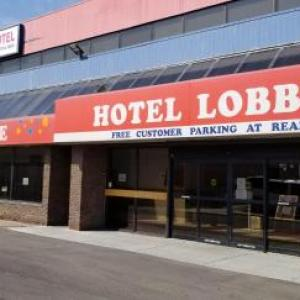 Howard Johnson Hotel By Wyndham Edmonton