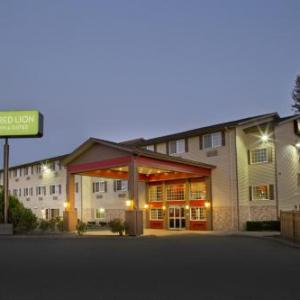 Hotels near ShoWare Center - Red Lion Inn & Suites Kent