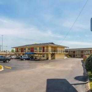Rodeway Inn Nashville TN, 37211