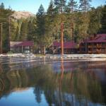 Donner Lake Village