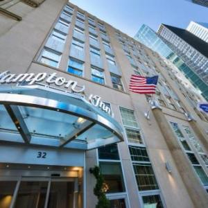 Hotels near Governors Island - Hampton Inn Manhattan/Downtown-Financial District