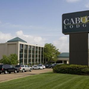 Hotels near Smith Wills Stadium - Cabot Lodge Millsaps