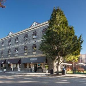Luther Burbank Center for the Arts Hotels - Hotel La Rose