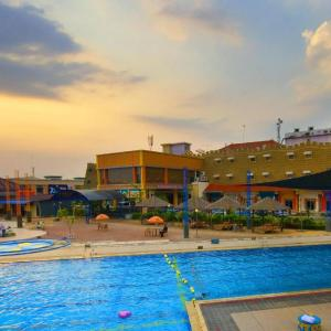 Pekalongan Hotels With A Gym And Fitness Center Deals At The 1