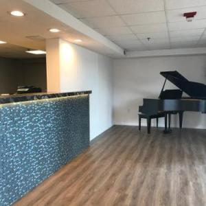 Branson Vacation Inn and Suites