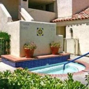 Desert Breezes Resort
