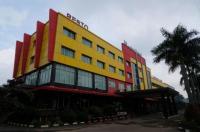 M-One Hotel Bogor Image