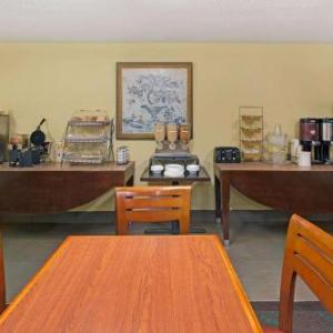 Microtel Inn By Wyndham Atlanta Airport GA, 30337