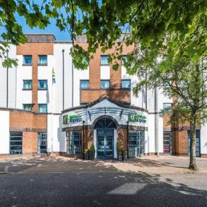 Oh Yeah Music Centre Hotels - Express By Holiday Inn Belfast-University Street