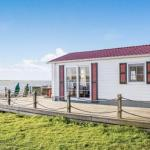 Two-Bedroom Holiday home Lauwersoog 0 01