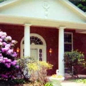 Dutchess County Fairgrounds Hotels - Enchanted Manor of Woodstock Bed and Breakfast
