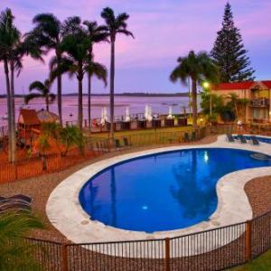 Port Macquarie Regional Stadium Hotels - Waters Edge Port Macquarie