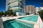 Coolangatta Australia Hotels - Reflection On The Sea